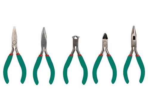 TOOL SET / 5 DIFFERENT PLIERS
